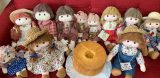 お人形とふわふわシフォンケーキのお店