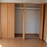 洋室1 収納(居間)