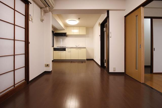 川商マンション 607(6F 南側)