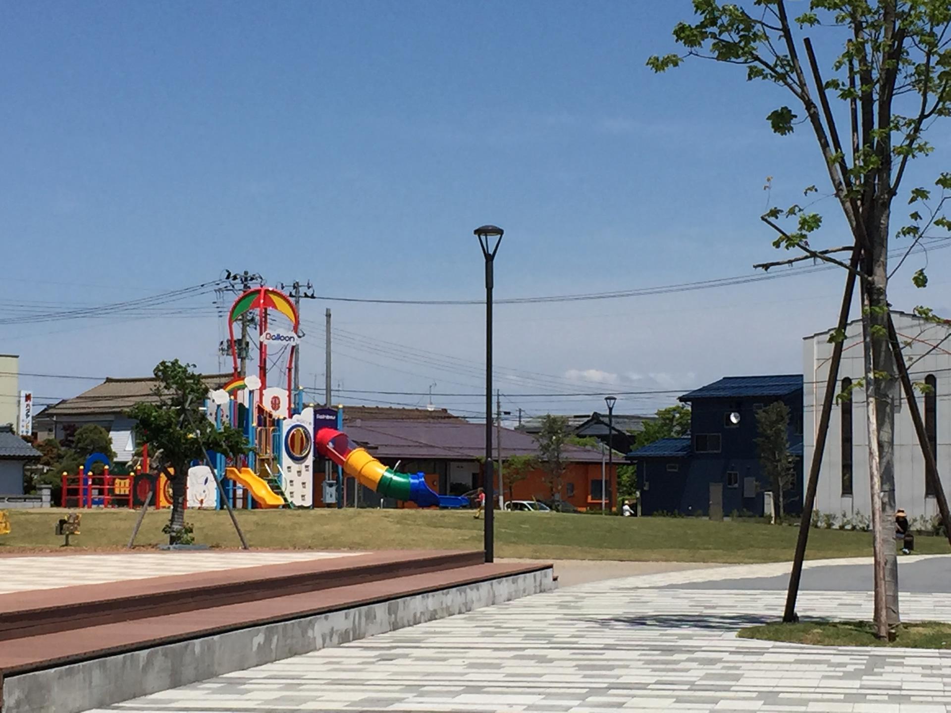 一ノ木戸ポプラ公園と子育て拠点施設「あそぼって」