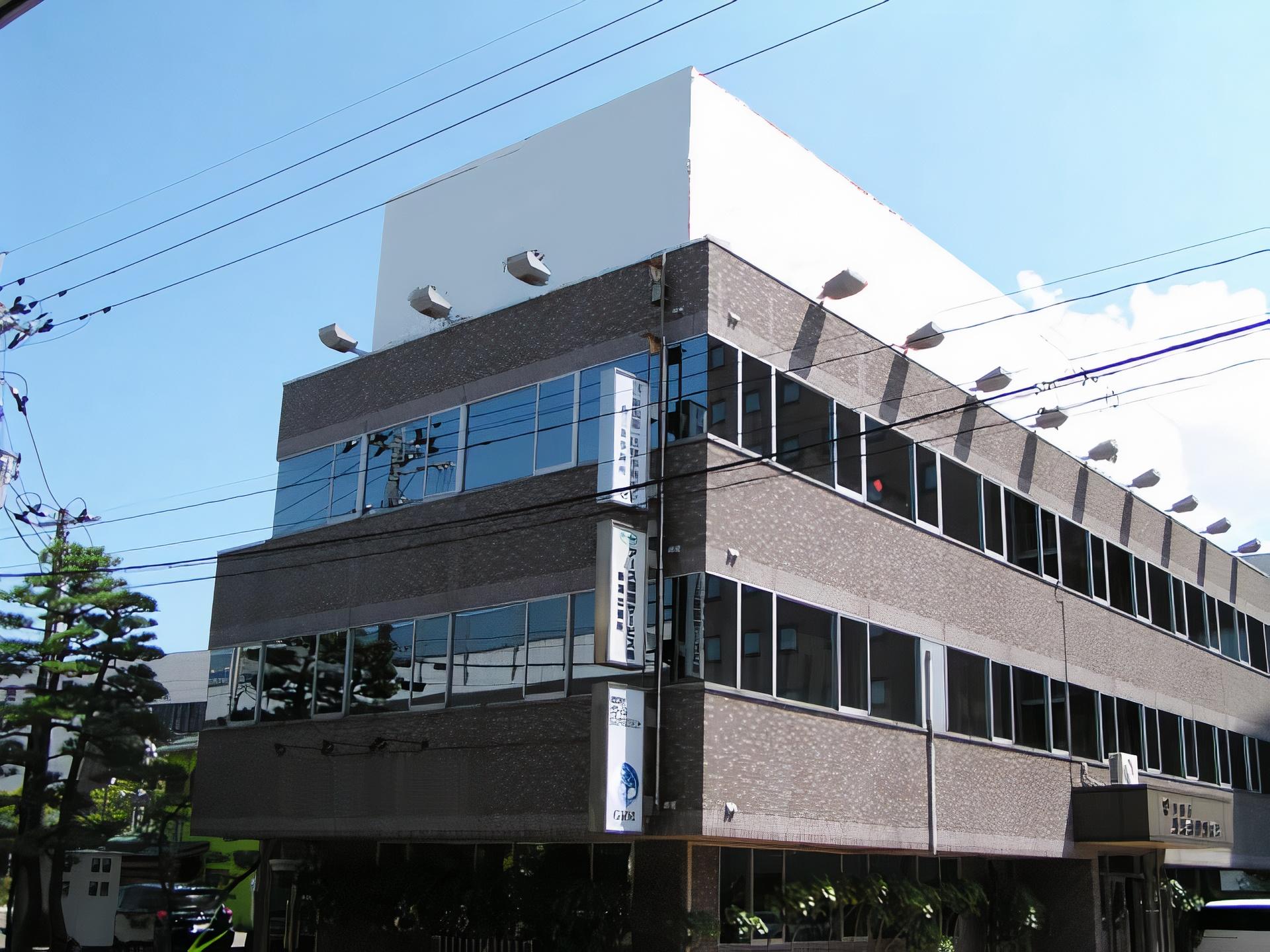 屋上看板・広告:川商第5 燕三条駅前ビル 西側(燕三条駅側)