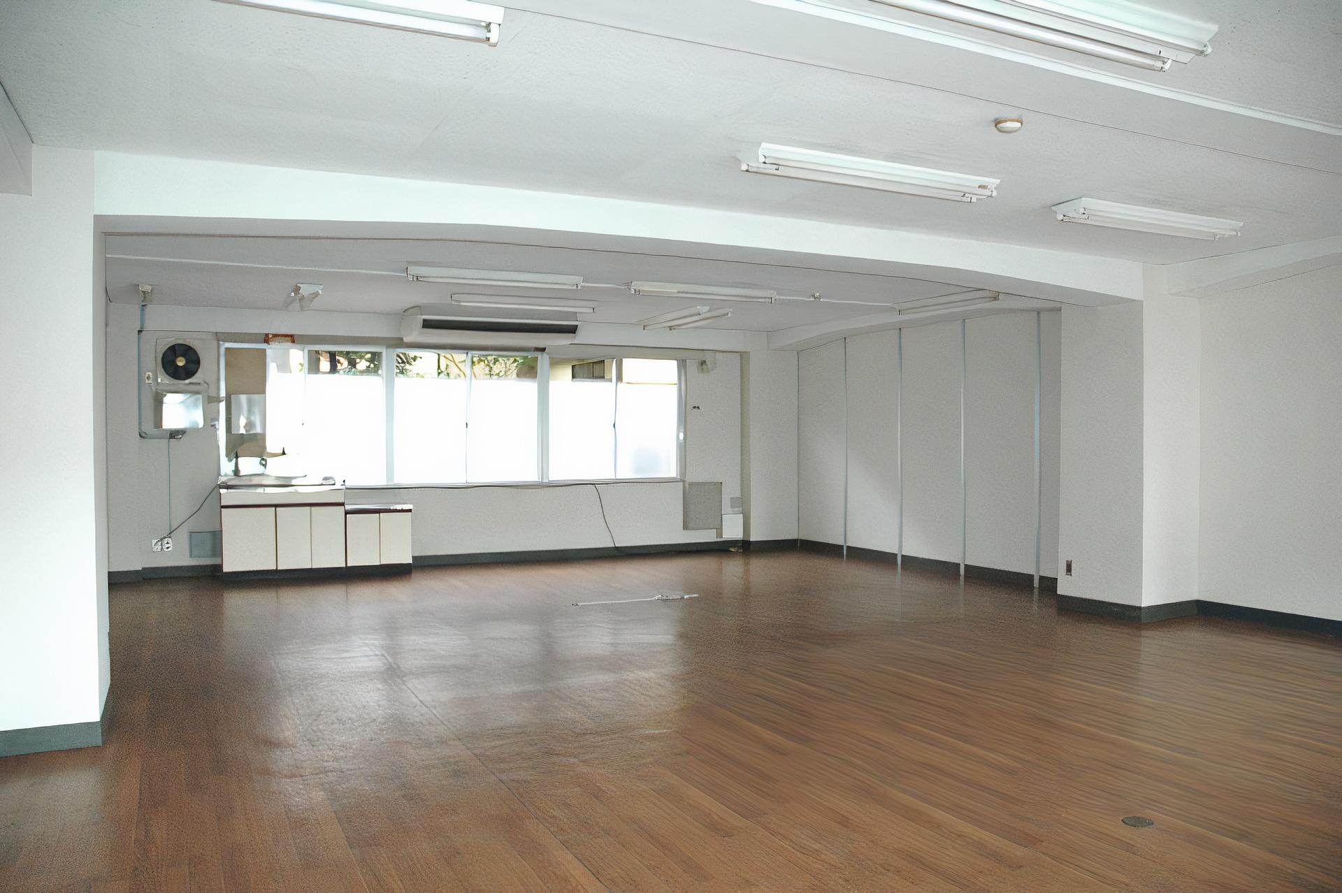 川商第1ビル 1F B室