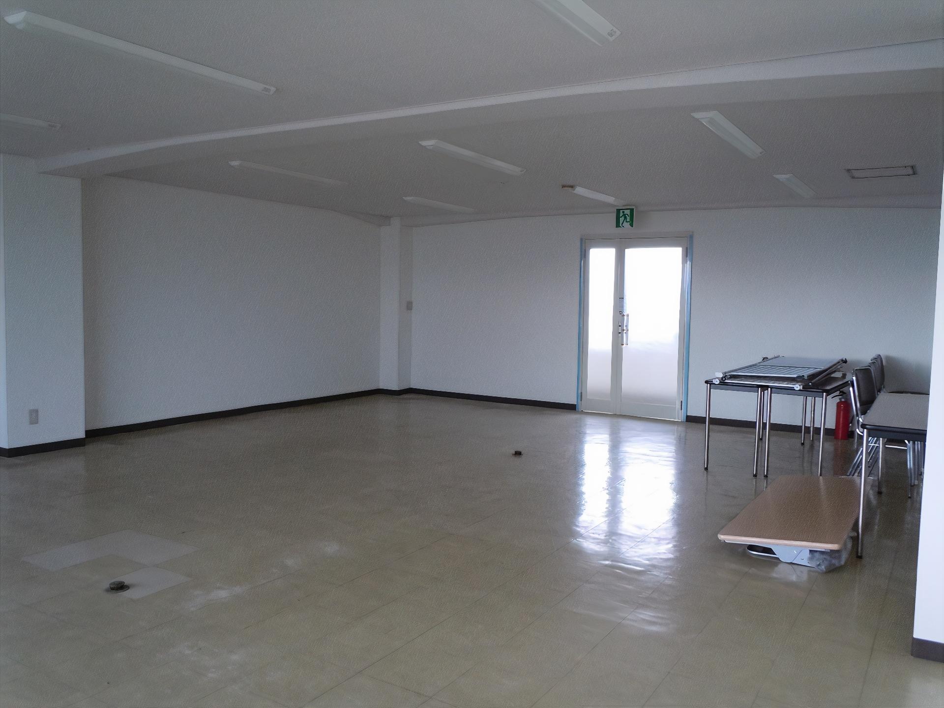 川商第1ビル 3F B室