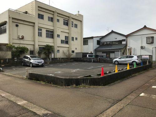 藤田月極駐車場