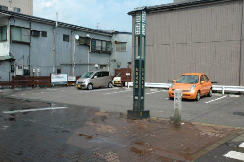 川口屋月極駐車場