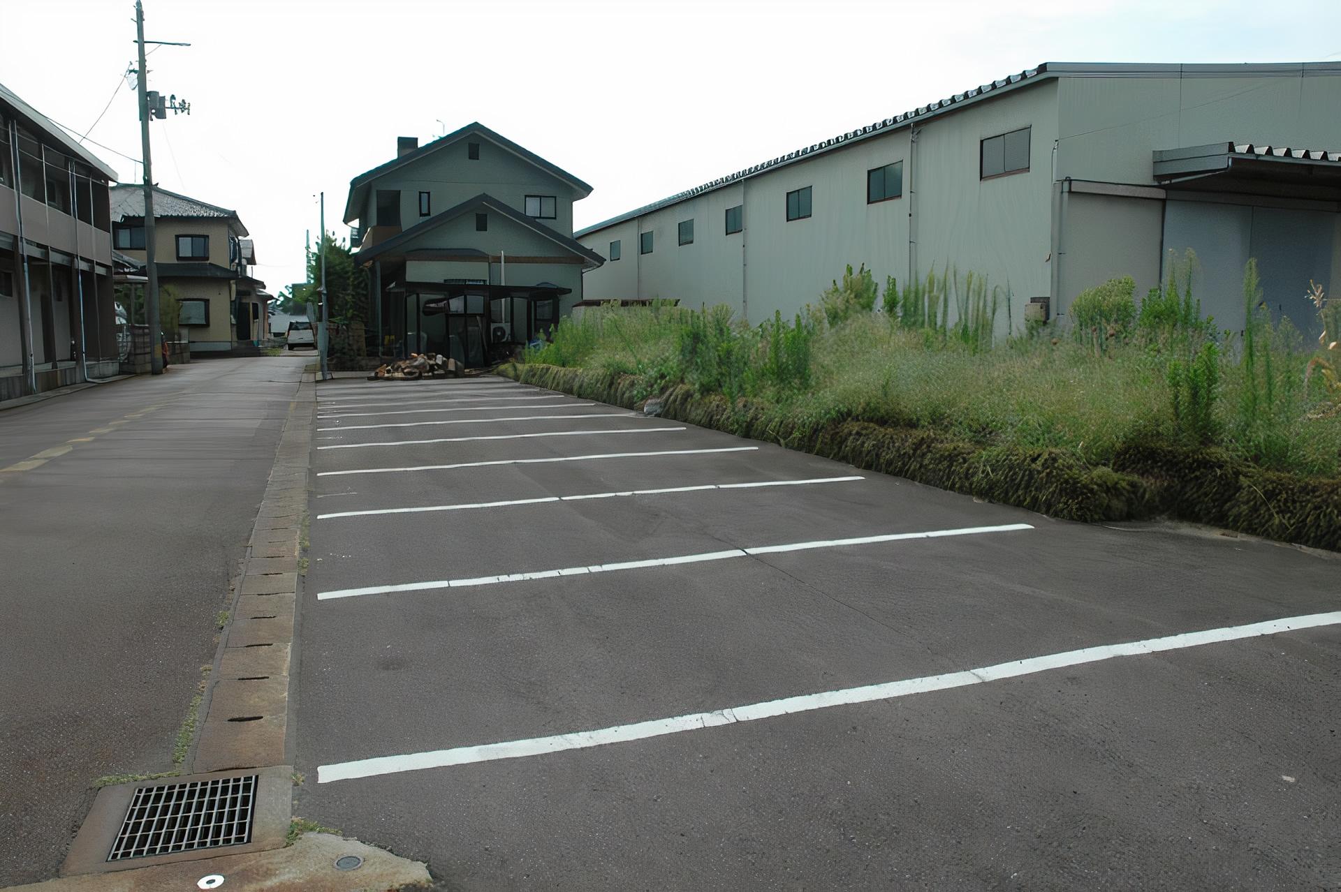 スサ月極駐車場