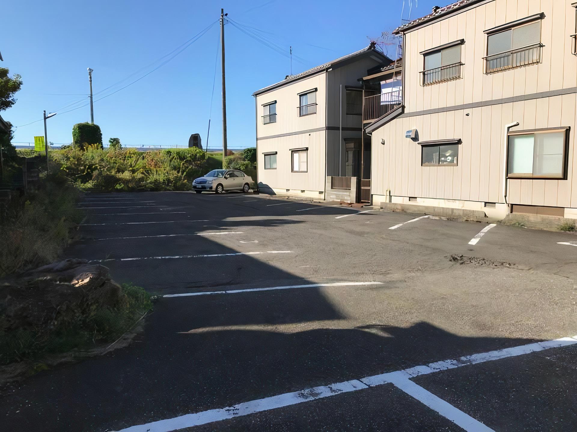 ヤマサン駐車場