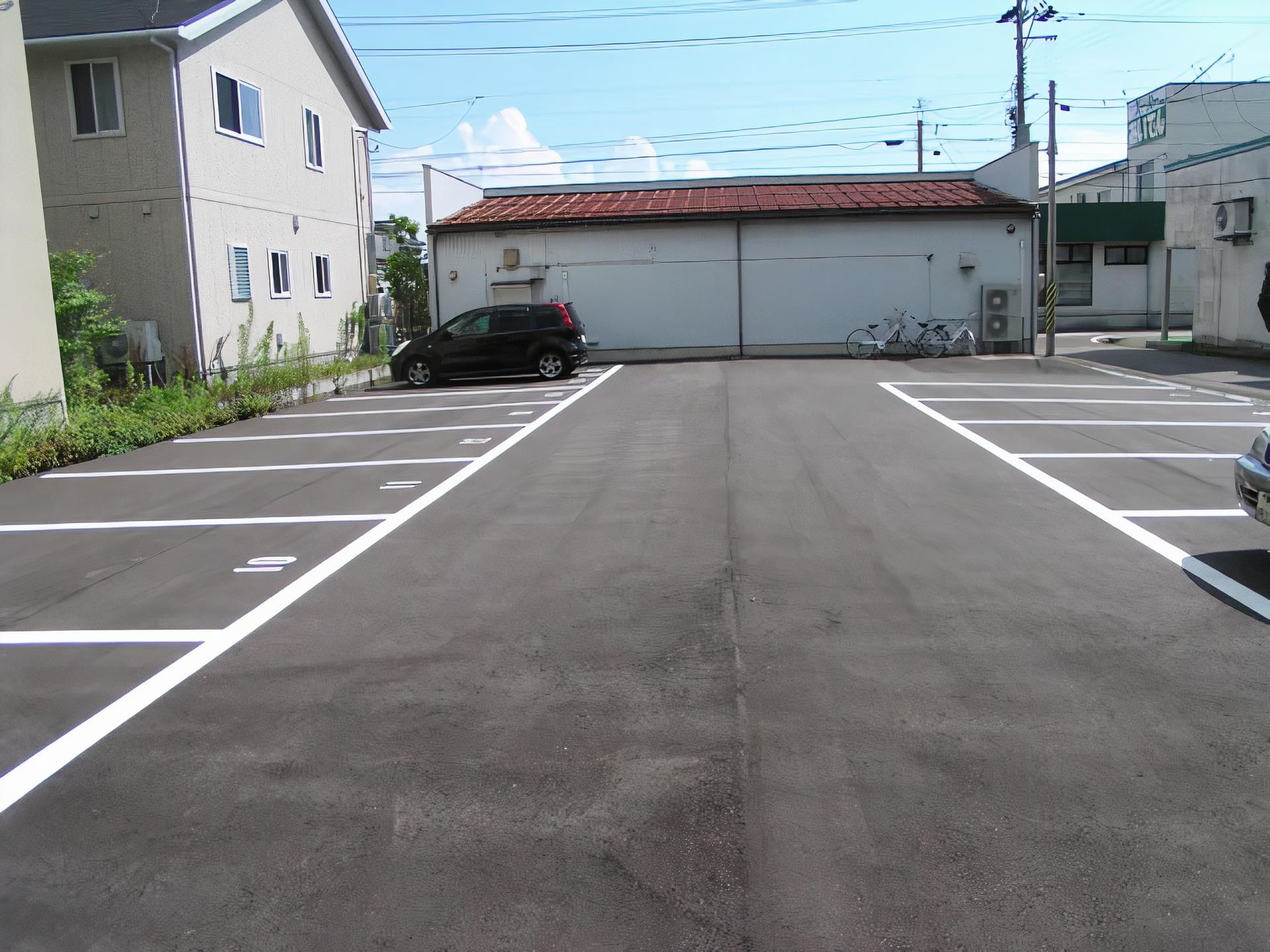 山谷月極駐車場